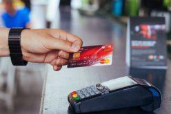 E lege: magazinele mari vor putea ține loc și de bancomate