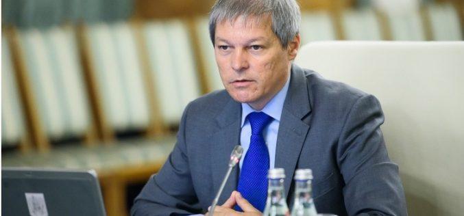 PREVIZIBIL: Cioloș anunță atacarea ordonanței garnisită cu majorări la CCR