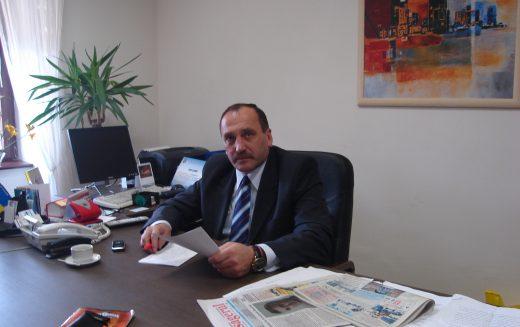 ANI cere explicații Primăriei Bistrița în privința managerului public George Avram și susține că 3 ani n-ar mai fi avut dreptul să dețină funcții de demnitate publică