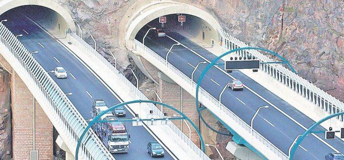 Nu vom avea nicio autostradă să străbată munții până la Centenarul Unirii-Vezi cine spune asta și ce propune pentru resetarea construcției de autostrăzi