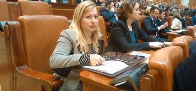 """Cristina Iurișniți despre votarea fondului suveran: """"Ieri în Parlament a fost o zi de doliu!"""""""