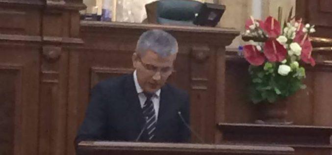 Ministrul Ioan Deneș se confruntă marți cu prima moțiune simplă împotriva sa. A fost depusă de liberali