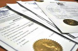 Trei taxe pentru apostilă încasate de Prefectură dispar din 1 februarie. Site-ul instituției nu menționează nimic