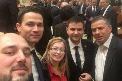 Guvernul Grindeanu a trecut de Legislativ. După vot parlamentarii bistrițeni și-au făcut poză de grup