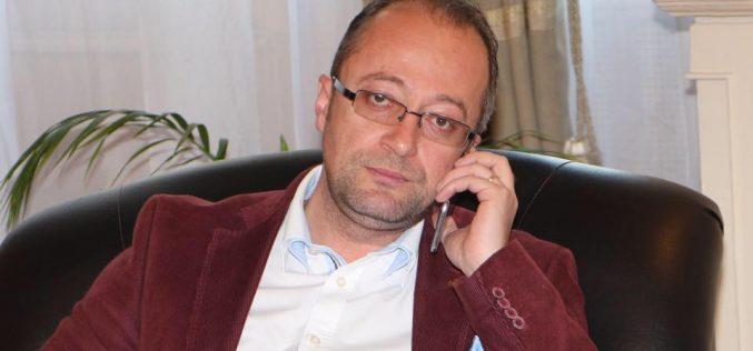 """Dorin Dobra: """"Ponta și cu Dragnea au atins culmi de neimaginat ale penibilului și minciunii"""""""