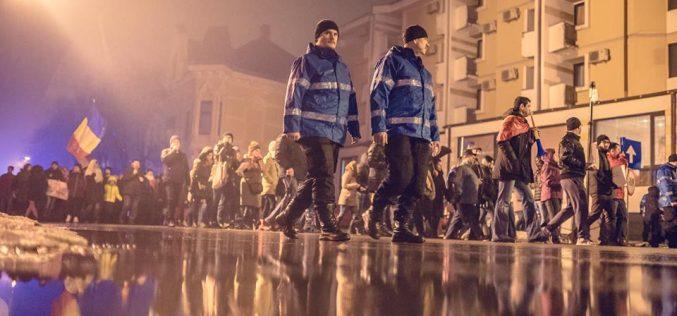 Protestele de la Bistrița imortalizate în fotografii de colecție-marca Ovidiu Grovu