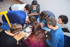 INEDIT: O echipă de elevi de la CNLR programează roboți pentru o competiție internațională. În martie dispută finala națională pentru USA