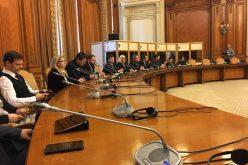 99 de ani de la unirea cu Basarabia, sărbătorită în Parlament odată cu promulgarea legii dedicate