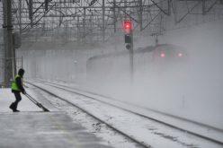 Trenul Bistrița -București Nord a ajuns în capitală cu mai bine de patru ore întârziere. Un călător își povestește experiența de coșmar