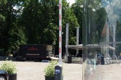 Sorin Hangan: În loc de barieră la Viișoara administrația a instalat una la Palatul Culturii. Diferența dintre cele două e cea dintre cetățeanul simplu și șmecheri