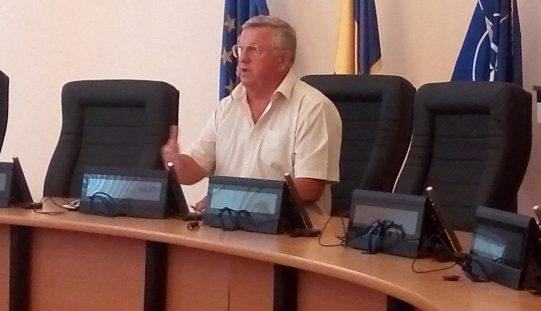Greu cu legea salarizării în Primăria Bistrița: povestea e în faza negocierii