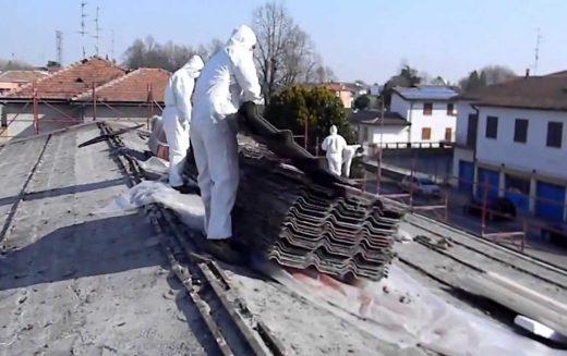 Acoperișurile de azbociment n-au încă interdicție în Bistrița. Proiectul ecologiștilor a fost respins