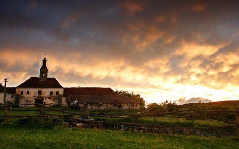 Castelul Teleki de la Posmuș salvat de la dărâmare cu 4,8 milioane de euro. Contractul va fi semnat astăzi
