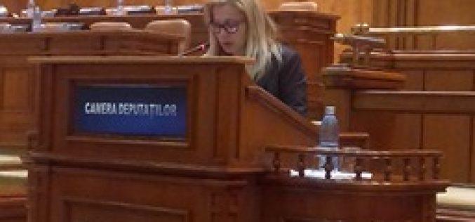 Un deputat bistrițean face apel la colegii din Parlament să voteze legea vaccinării în cunoștință de cauză