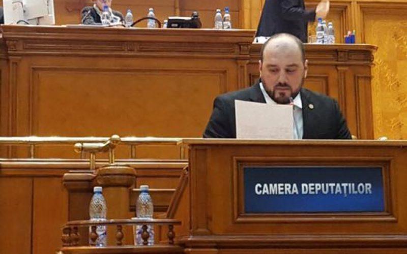 O victorie după 400 de amendamente la buget trântite de majoritate