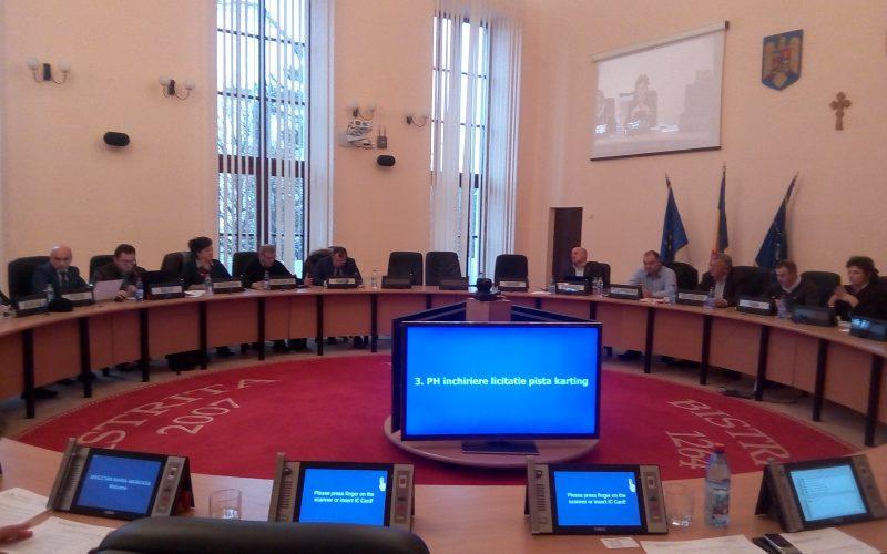 Mașina de vot din Consiliul Local a dat azi rateuri: Bistrița n-a aprobat documentația pentru noua licitație de salubritate