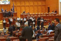 """Opoziția a făcut baricadă în Parlament pentru apărarea legilor justiției: """"abuzul PSD e un imens perpetuum mobile"""""""
