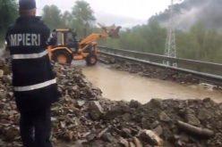 Mai bine de trei ore traficul feroviar a fost blocat între Bistrița și Suceava. Trenurile Iași -Timișoara afectate