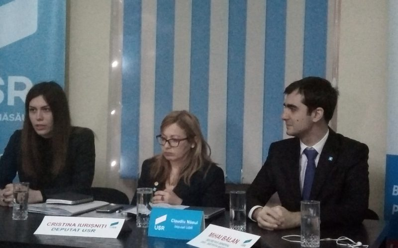"""Parlamentari USR la întâlnirea cu reprezentanți ai mediului de afaceri din Bistrița:"""" toate reformele din ultimii ani s-au făcut pe spatele mediului de business"""""""