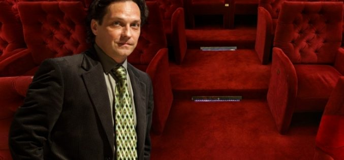 Daniel Suciu sare în apărarea actorului care conduce Ministerul Culturii, după ce liberalii l-au acuzat de incompetență