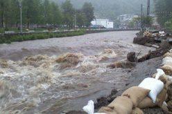 E cod portocaliu de inundații în Bistrița-Năsăud. Vezi ce măsuri speciale au luat autoritățile