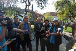 Verzii protestează împotriva proiectului municipalității care va transforma Piața Centrală într-o zonă gri