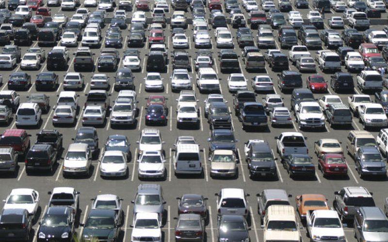 Legea deputatului Simionca de reducere a impozitelor pentru mașini respinsă în Senat. Decisiv e însă votul deputaților