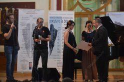 """La loc comanda: festivalul """"Poezia e la Bistrița"""" se organizează totuși la data la care era programat. După un val de indignare publică autoritățile au găsit banii"""