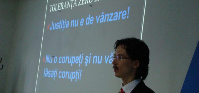Judecătorul Cristi Danileț: Un condamnat penal nu poate fi loial statului.