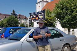 """Un fost șofer profesionist a organizat în centrul Becleanului o campanie împotriva alcoolului la volan: """"Ai băut, lasă pe altcineva să conducă"""""""