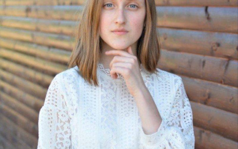 EVALUARE 2018: Noemi Kulcsar, eleva de 10 de la Beclean va urma un liceu de informatică în Cluj