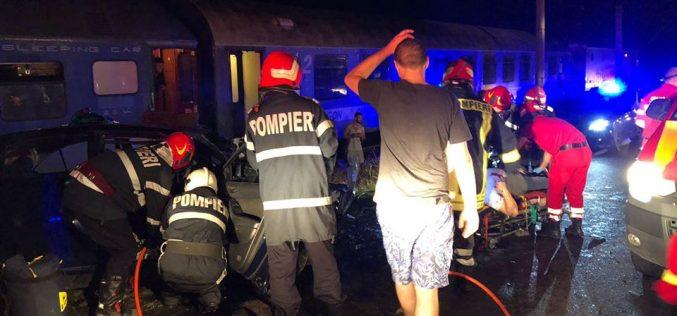 Accident dramatic la Feldru: circulația trenului Iași-Timișoara și traficul rutier pe DN 17 D au fost blocate