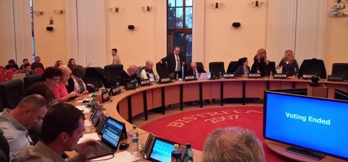 O altă ședință la Consiliul Local Bistrița cu documentele netransparente: a fost programată în 5 iulie, dar nici măcar consilierii n-au primit documentele