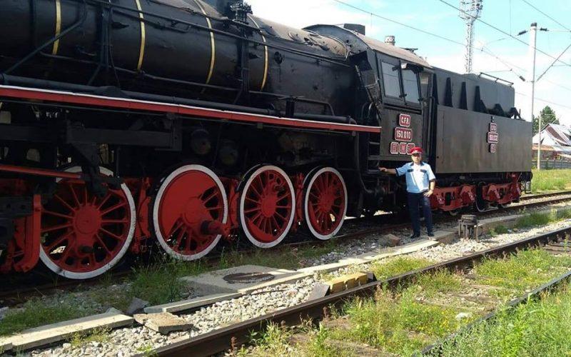 O locomotivă cu abur, veche de 70 de ani, va deveni simbolul Gării Bistrița