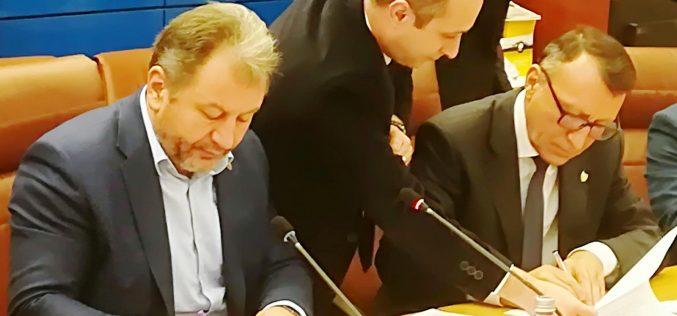 UPDATE: Radu Moldovan nu va participa la CEX-ul PSD de vineri, cel cu scrisoarea în care i se cere demisia lui Dragnea. Filiala e de partea actualei conduceri