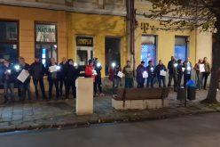 """Protest mut sâmbătă seara în fața sediului PSD BN, pe modelul de la Sibiu: """"vă vedem!"""". E abia începutul, anunță protestatarii"""