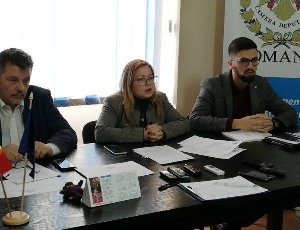 """Cristina Iurișniți: """" să respingi bugetul acum e doar un joc politic inutil"""""""