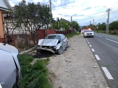 Accident în Maieru cu doi răniți. Unul este o adolescentă de 16 ani
