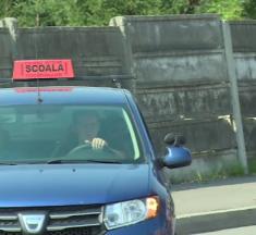 Școlile de șoferi ar putea avea restricții de circulație în orele de vârf în Bistrița. Primarul promite că vor fi luate și alte măsuri